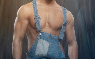 Stripper Antonio (BE)