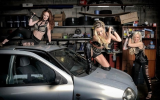 Stripster Ivy - garageshoot